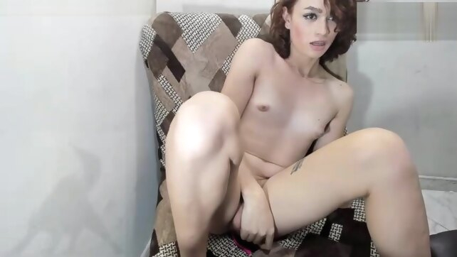 Slender femboy beauty.. amateur cumshot handjob