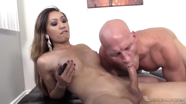 Ts Venus Lux Dominates.. asian bdsm big cock